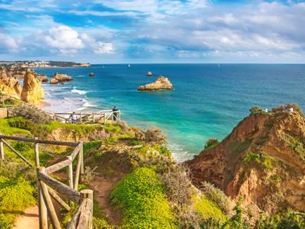 L'aventure à portée de main :                 le voyage du héros en Algarve