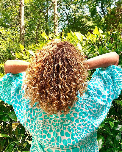 Obsessed with these curls by Kelly ❤️ Hi