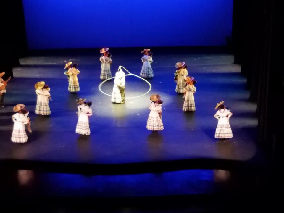 BalletFolkloricoDeMexDeAmaliaHernadez5