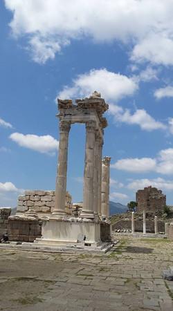 Pergamon3