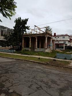 CrumblingNeighborhoodCuba