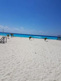 CancunBeach2