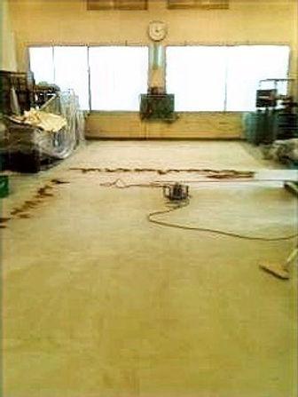 施工現場の床面