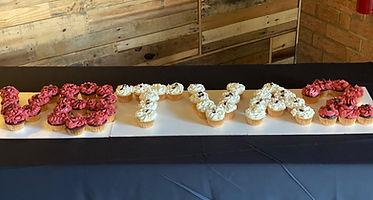 choir cupcake cake