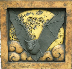 Horseshoe Bat yellow moon to do