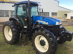 2014 New Holland TS6140,104kw, 8020hrs,