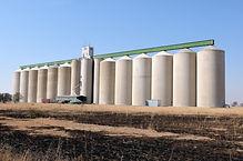 grain-silo-PDKS9HL.jpg