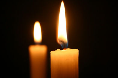 Shabbat-Candles-640x425.jpg