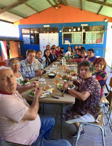 Almorzando_en_Las_Cañas.png