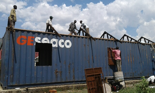 CONTAINER BECOMES A FUNCTIONAL BLDG