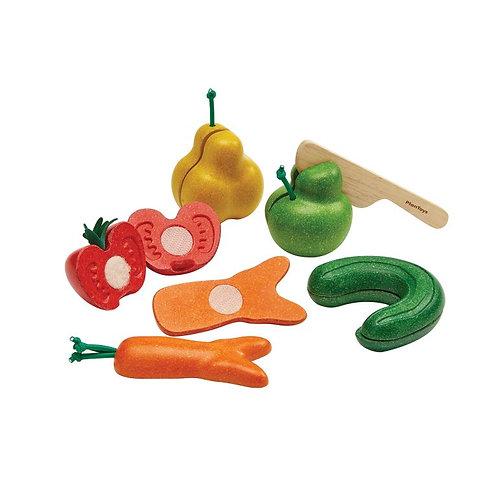 Fruits et légumes tordus à découper