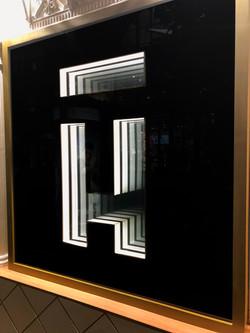 H Mirror
