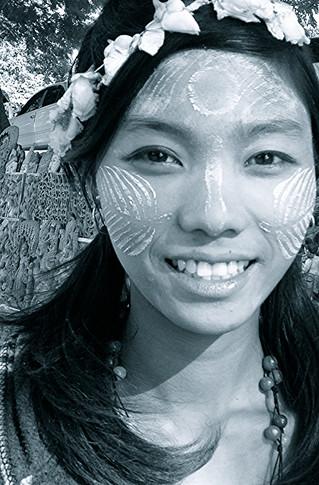 Myanmar Make-up Tips...