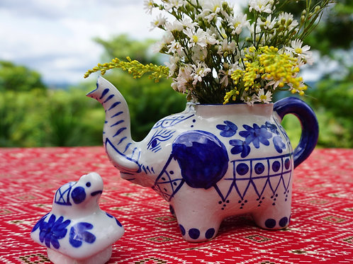 Tête-à-Tea Elephant Tea Set-Teapot and 2 Cups FREE SHIPPING