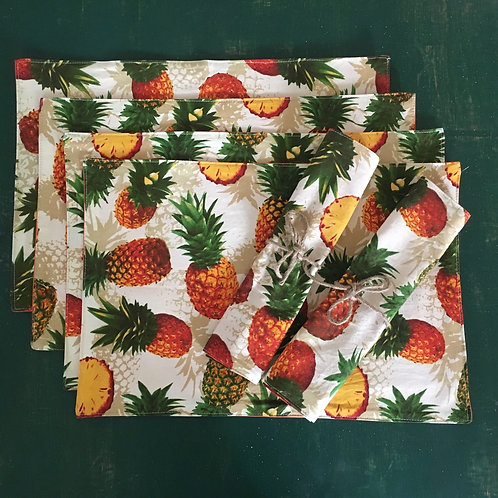 Set of 6 Tropical Pineapple Place Mat