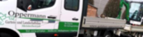 Oppermann Garten- und Landschaftsbau Auto mit Anhänger und Minibagger