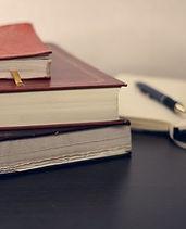 books-690219__340.jpg