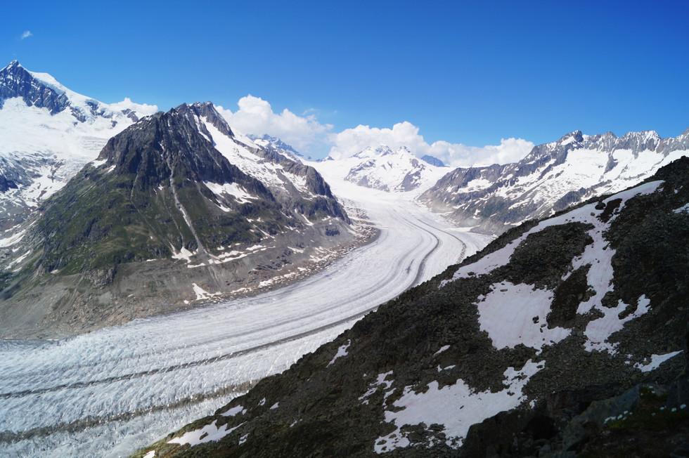 Aletschgletscher, największy lodowiec alpejski.