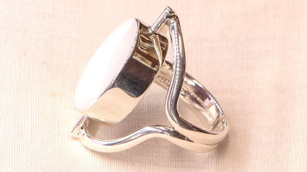 Reversible silver ring with red coral and white opal - oval