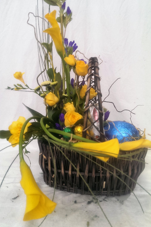 Gift Baskets - Chocolates (incl. Easter), prices from...