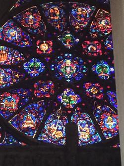ノートルダム大聖堂 ステンドグラス