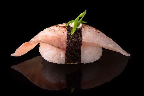 WHITE FISH NIGIRI