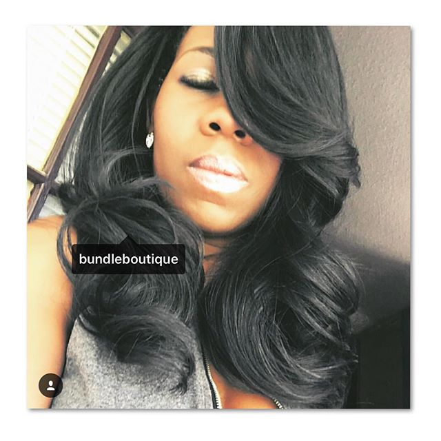 We spy 👀 one of Atlantas #dopestylist _hair_by_elise rocking our Brazilian Natural Wave 😍😍😍 #nat