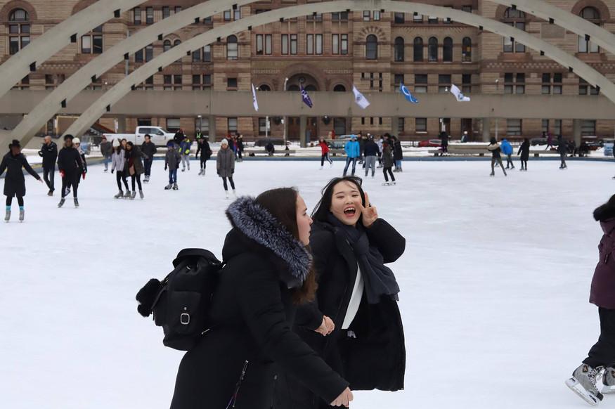 nathan phillips square - Skating - 06.jp