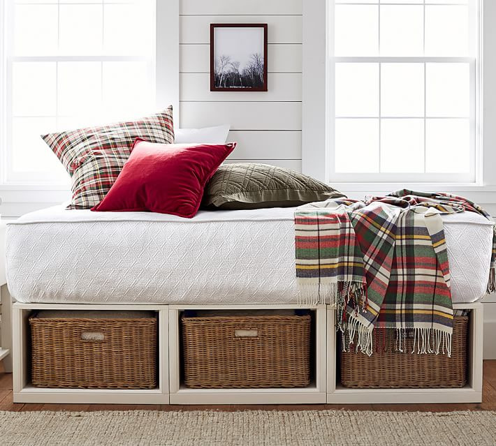 Pottery Barn Stratton Platform Daybed, Daybed with storage