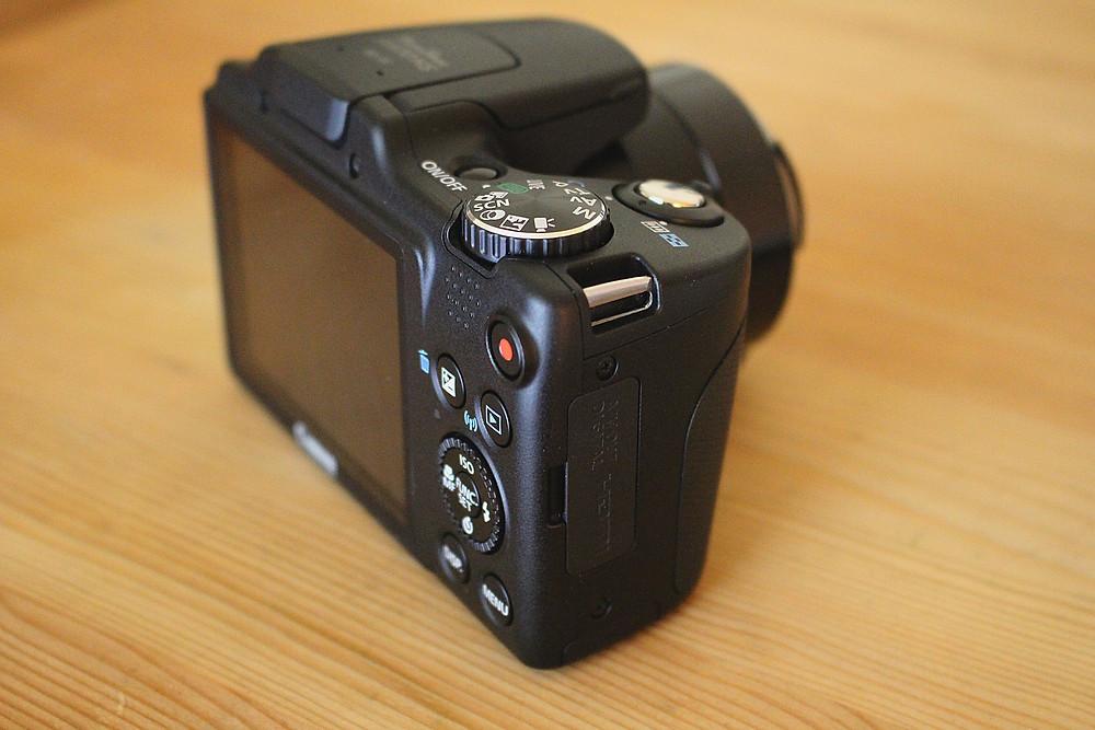 Which bridge camera should I buy?