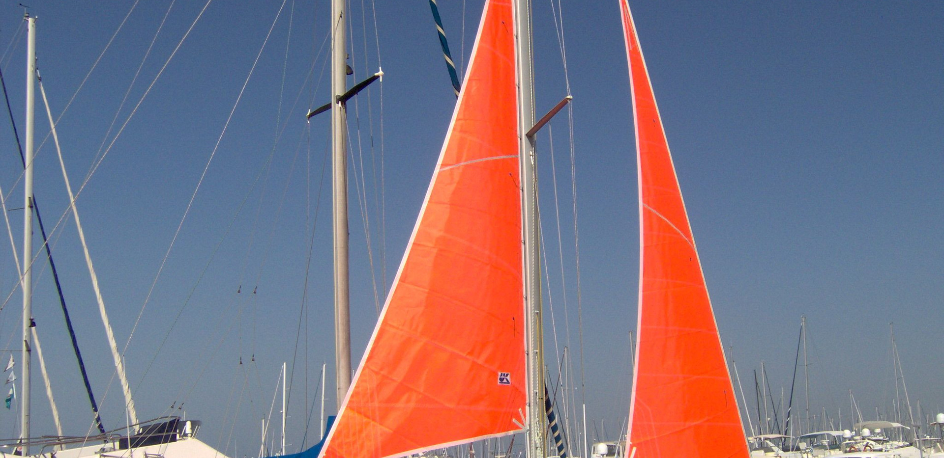 storm and try sails.JPG