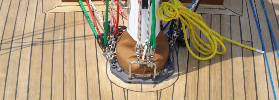mast base.JPG