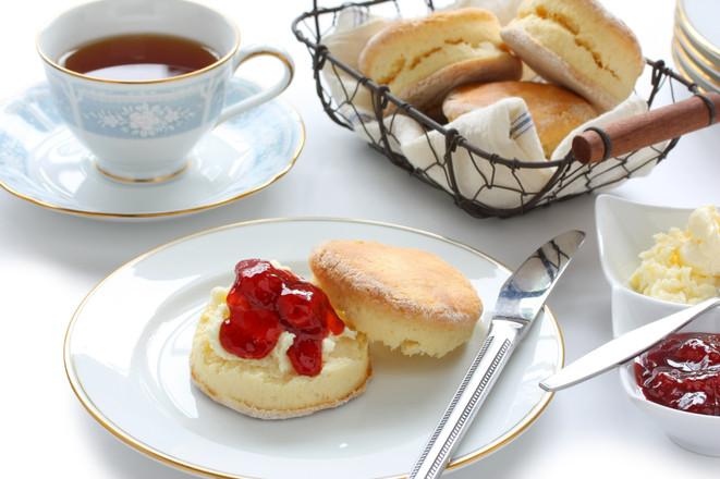 shutterstock_tea-cake-coffee-scone-sweet