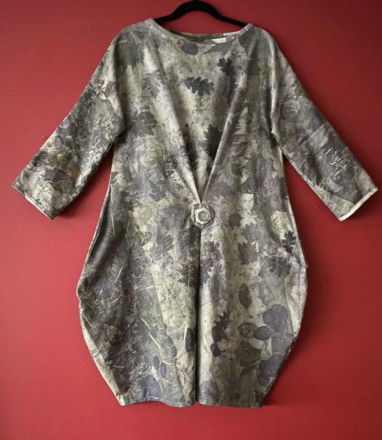 Oak leaf dress