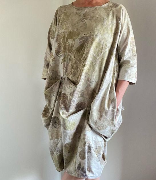 Walnut leaf wave dress
