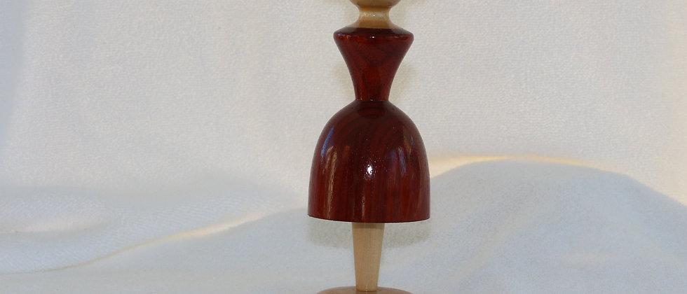 Figurine femme  - Padouk + Tilleul