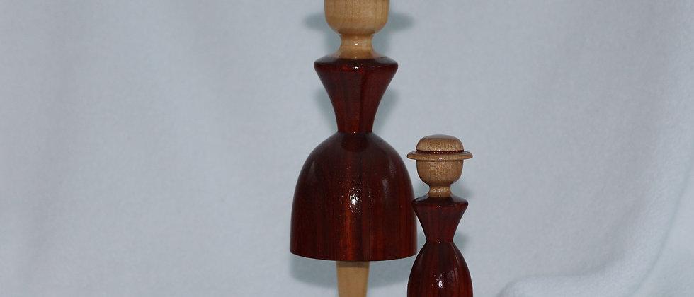 Figurine femme& fillette  - Padouk + Tilleul