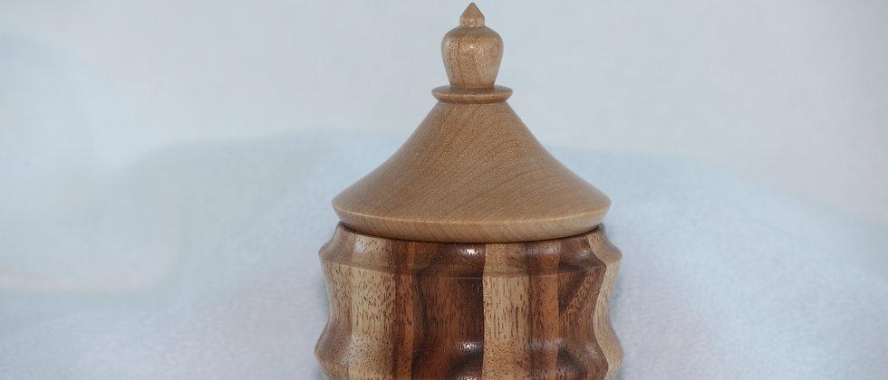 Boîte décorative avec couvercle - Robinier ou Faux Acacia + Merisier