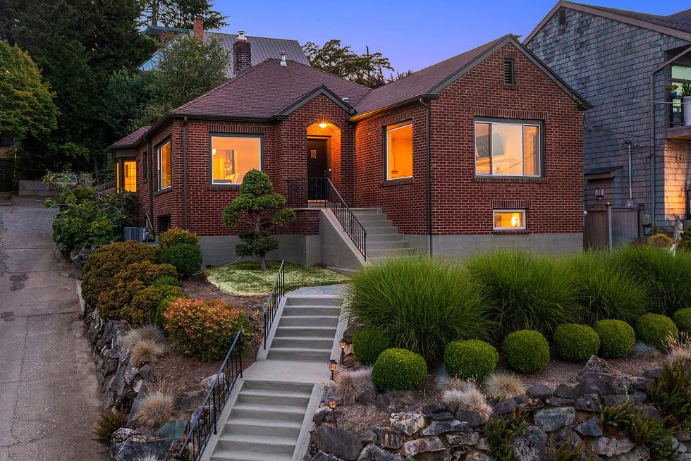 Leschi, Seattle / $1,598,000