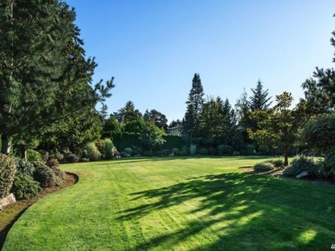 West Bellevue / Sold for $8,075,000