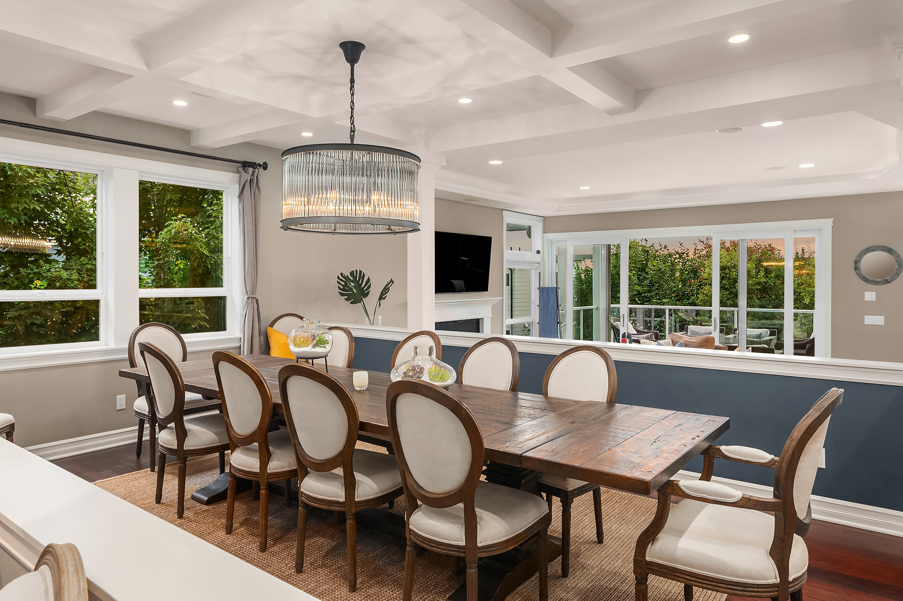Formal dining with box beam ceiling details