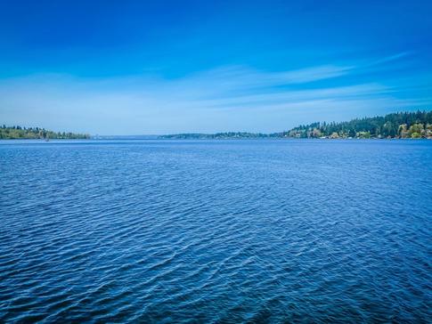 Lake Washington / Sold for $12,225,000