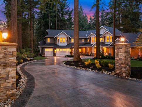 Bridle Trails, Bellevue / Sold for $3,468,000