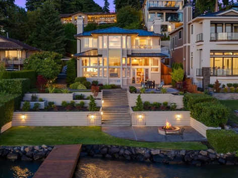 Kirkland Waterfront / Sold for $5,975,000