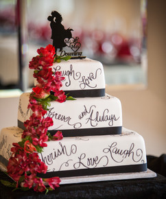 Wedding Cake with love.jpg
