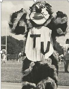 Mascot2.JPG