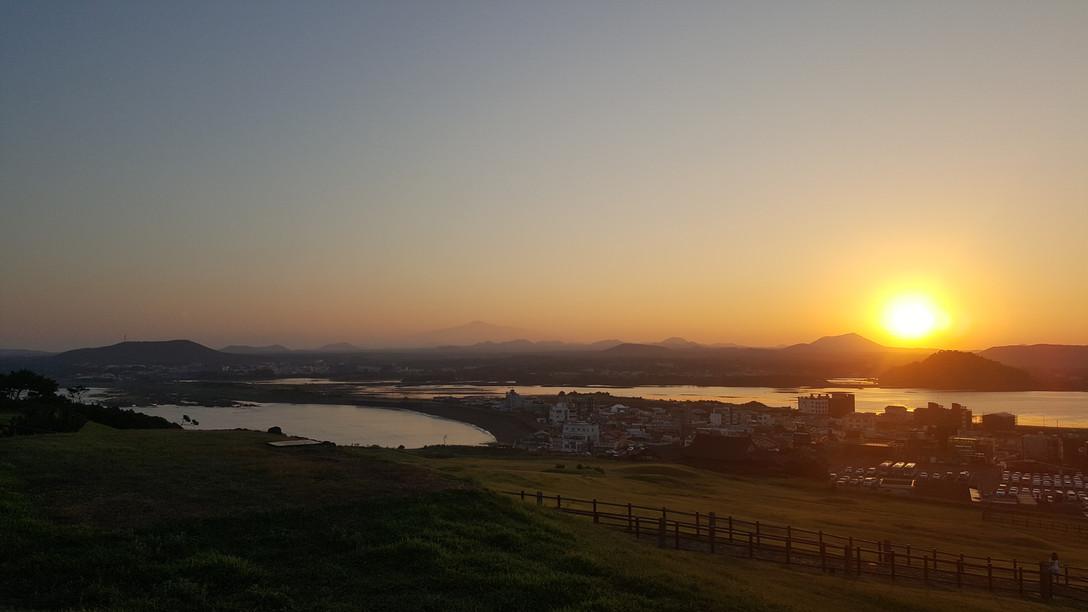 Sunset at Sunrise Peak