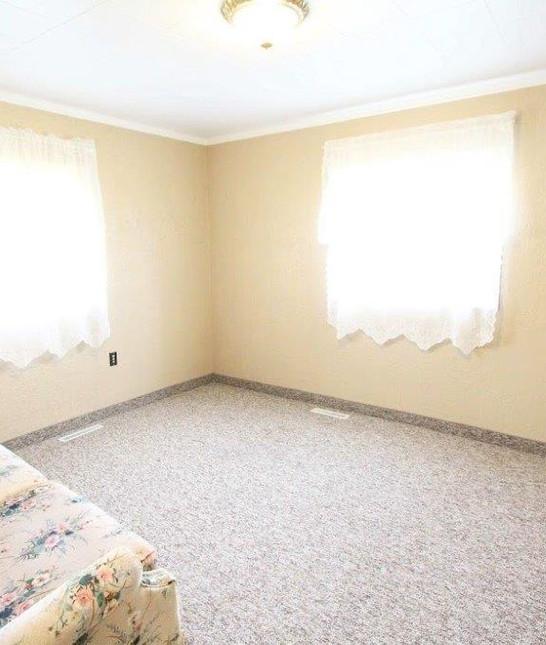 502 living room (1).jpg