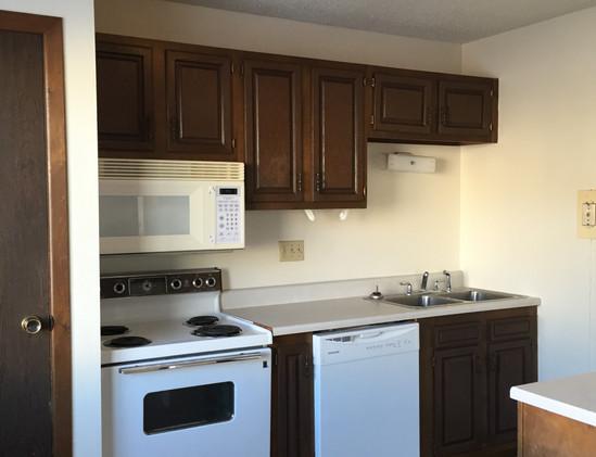 1521 12th St NW #1 Kitchen.JPG