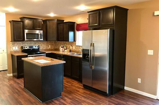 800 kitchen.jpg